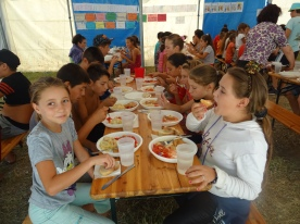 Romania children eating